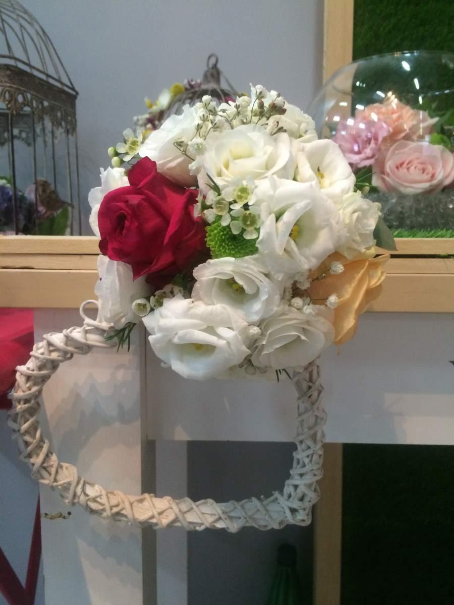 Id es d corations florales champ tre pour votre mariage for Decoration florale evenementiel